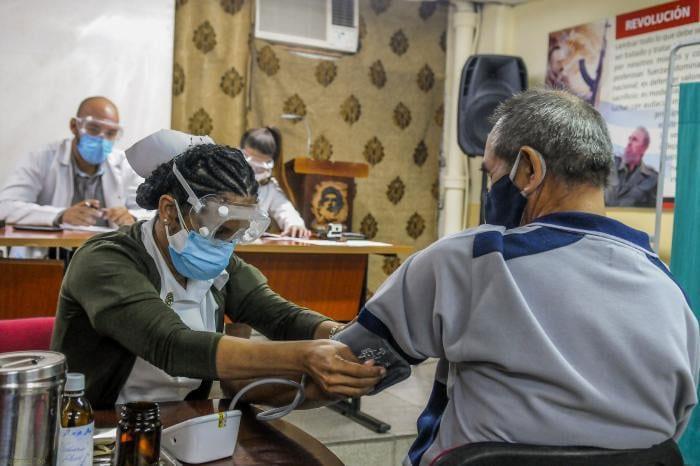 Cuba anuncia la creación de un quinto candidato vacunal